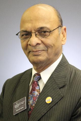 Gupta, Dinesh