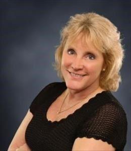 Carole Hoy