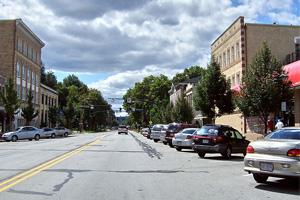 Beaver:  Pittsburgh's Escape to 19th-Century Charm and Rustic Beauty