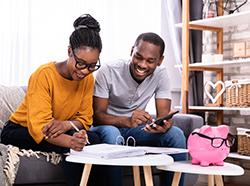 Five Ways Couples Can Come Together to Manage Their Finances