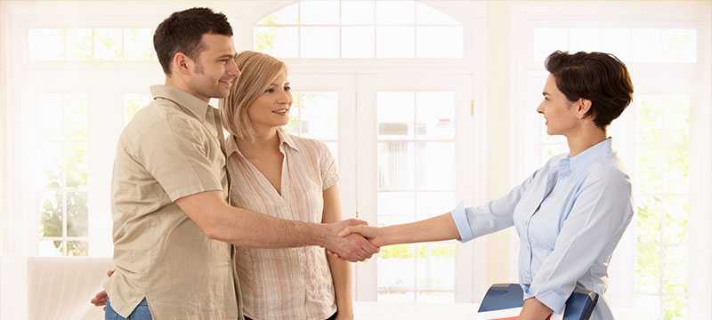 Setting the Bar: What Buyers and Sellers Should Expect from their Real Estate Agent