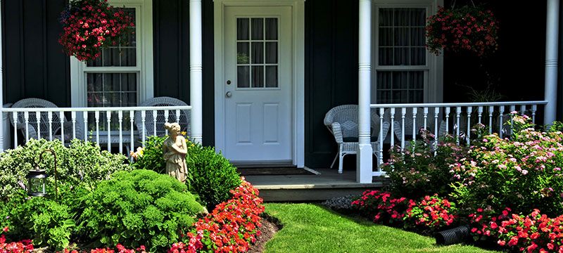 Low-cost ways to improve your curb appeal