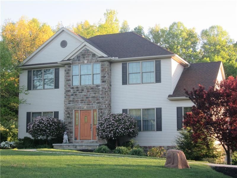 1021  English Oak, Franklin Township