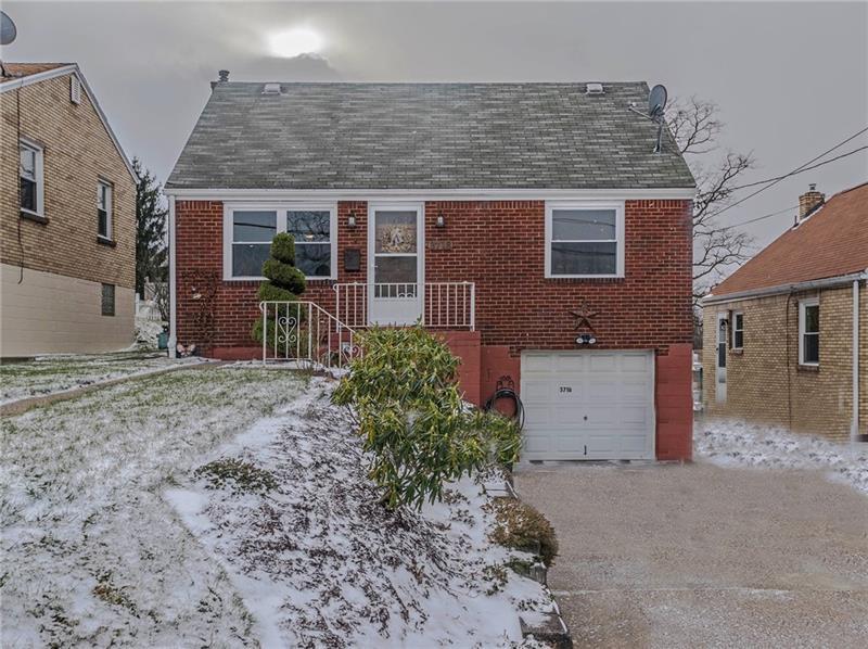 3718  Vistaview, West Mifflin