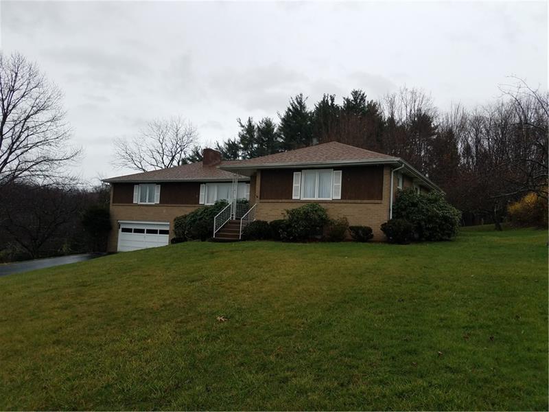 106  Lake Drive, Ligonier Township