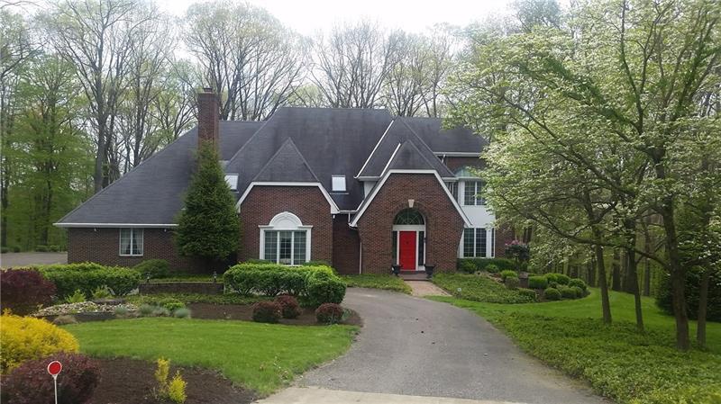 155  Cedar Ridge Road, Center Township