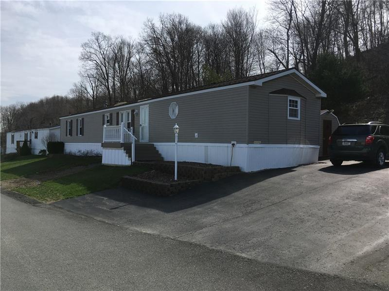 228  Rustic Ridge Ln, Summit Township