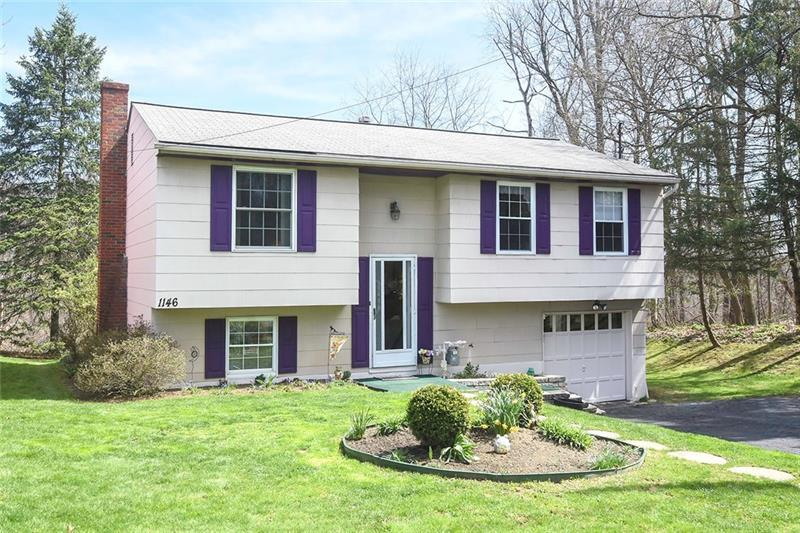 1146  Marble Drive, Moon - Crescent Twp