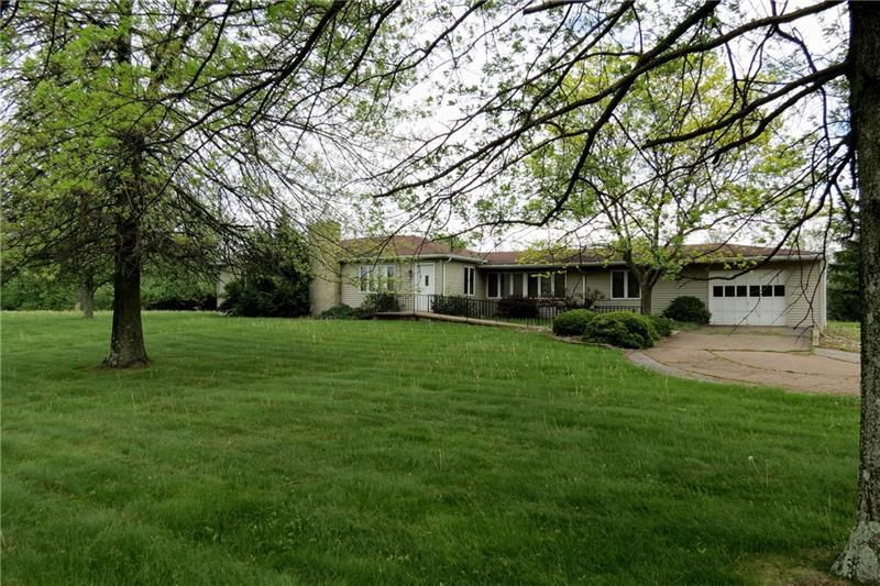 101  Mayhue Drive, Raccoon Township