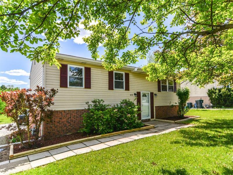 412  Mary St, Cranberry Township