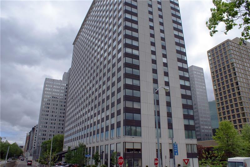 320  Fort Duquesne Blvd, Downtown Pittsburgh