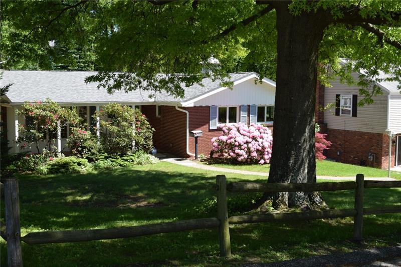 1249 Northwestern Dr, Monroeville