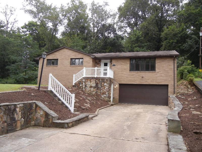 402 Glenrock Drive, Bethel Park