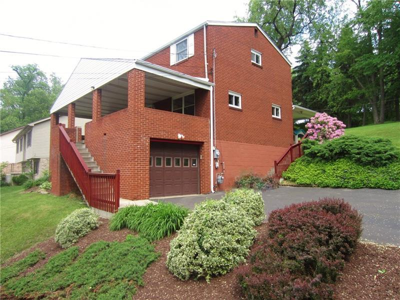 231 Willow Drive, Monroeville