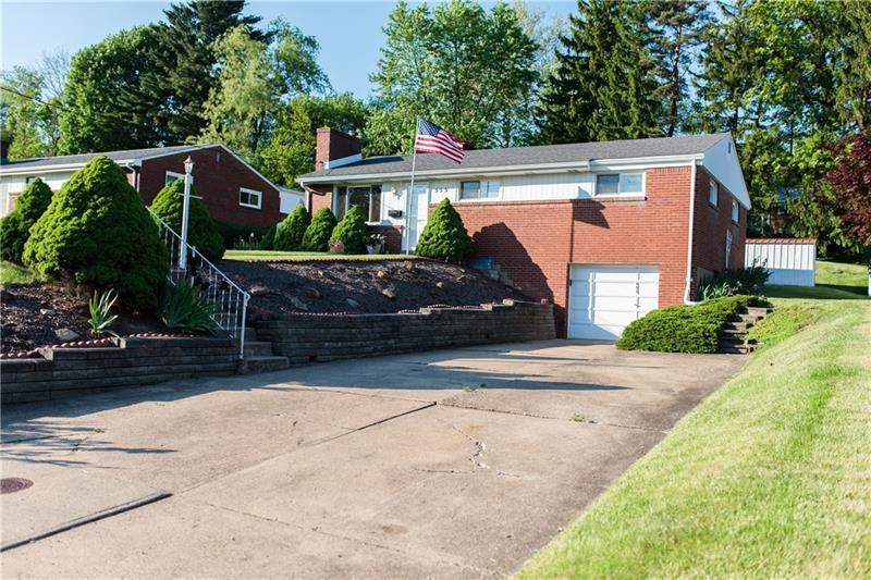 555 Patterson Rd, Bethel Park