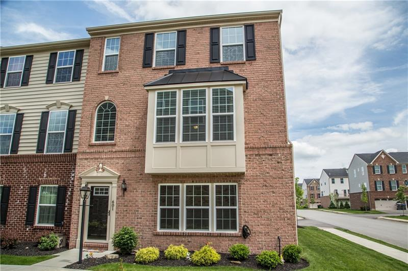 601 Pointe View Dr, Adams Township