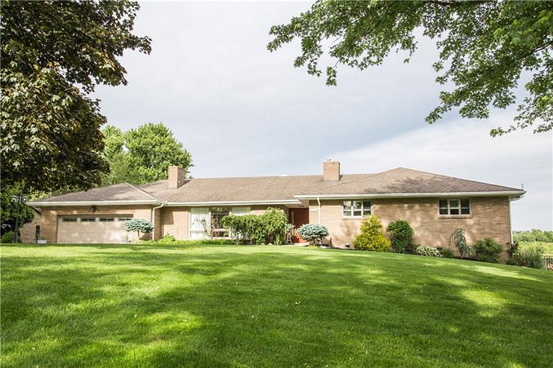 126 Highvue Drive, Peters Township
