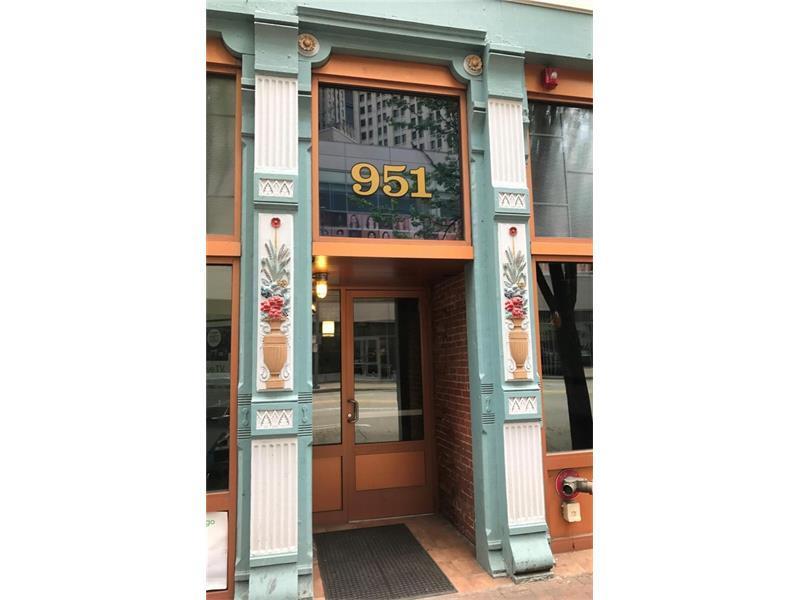 951 Liberty Ave #204