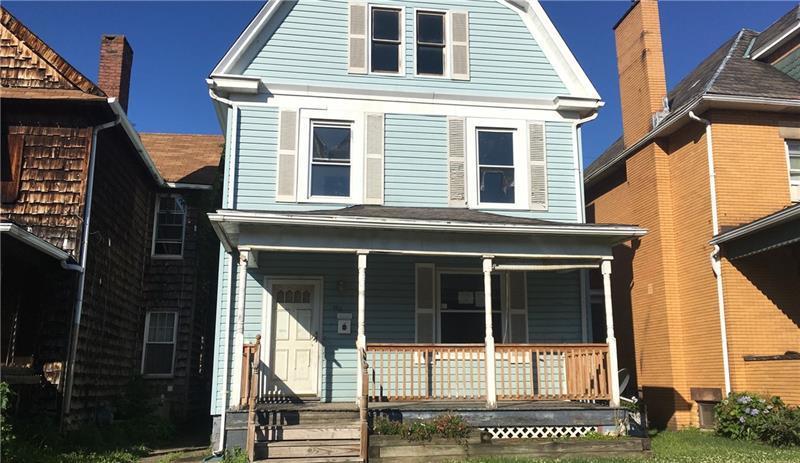 558 Maplewood Ave