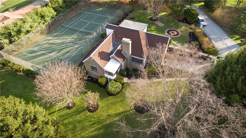 1223 Country Club Road