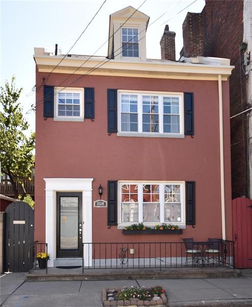 2514 Sarah Street