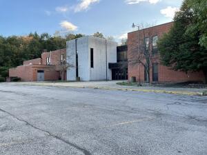 1100 Sykesville School