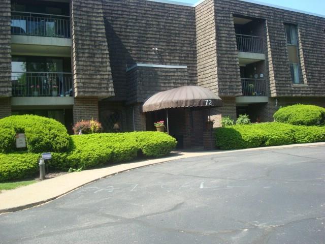 72 Linden Place #22