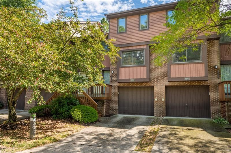 1203 Forest Edge Ct