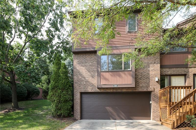 1501 Forest Edge Ct
