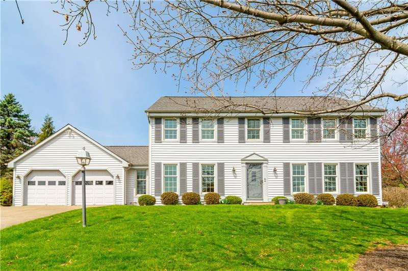 313 Knobs Hill Ct