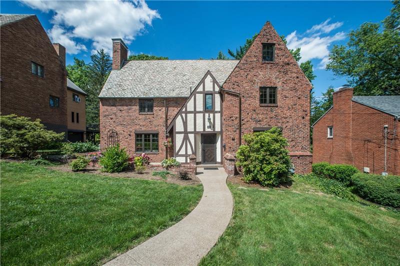 455 Avon Dr Pittsburgh Mt Lebanon Pa 15228 Mt Lebanon Real Estate
