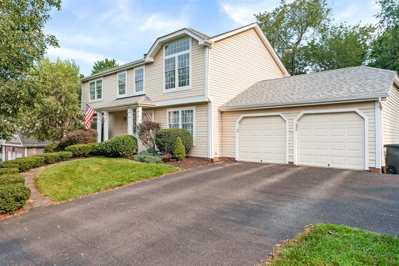1602 Green View Ct
