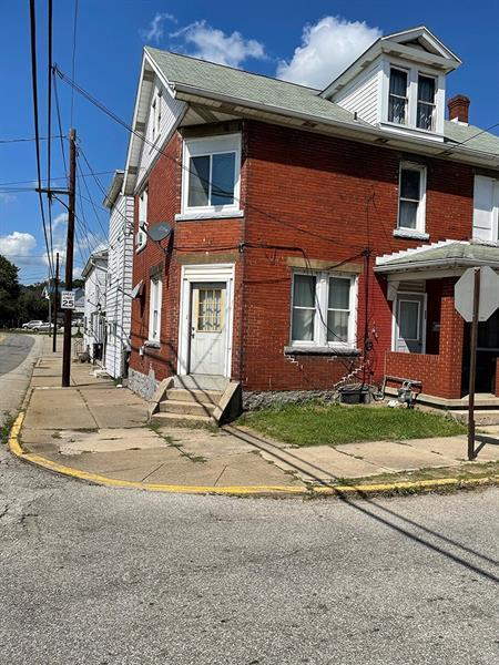 1301-1301 1/2 Penn Avenue