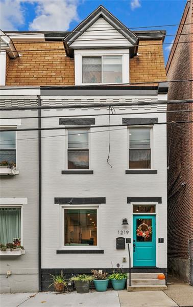 1219 Reddour Street