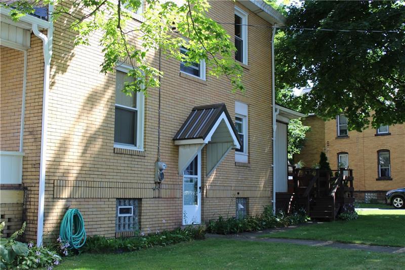 44 Columbia Ave  Photo 1