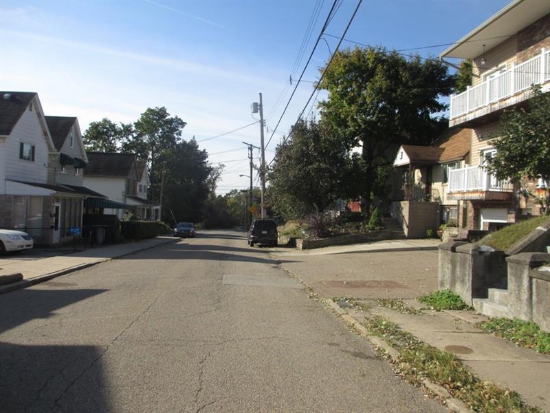 457 Augusta St  Photo 22