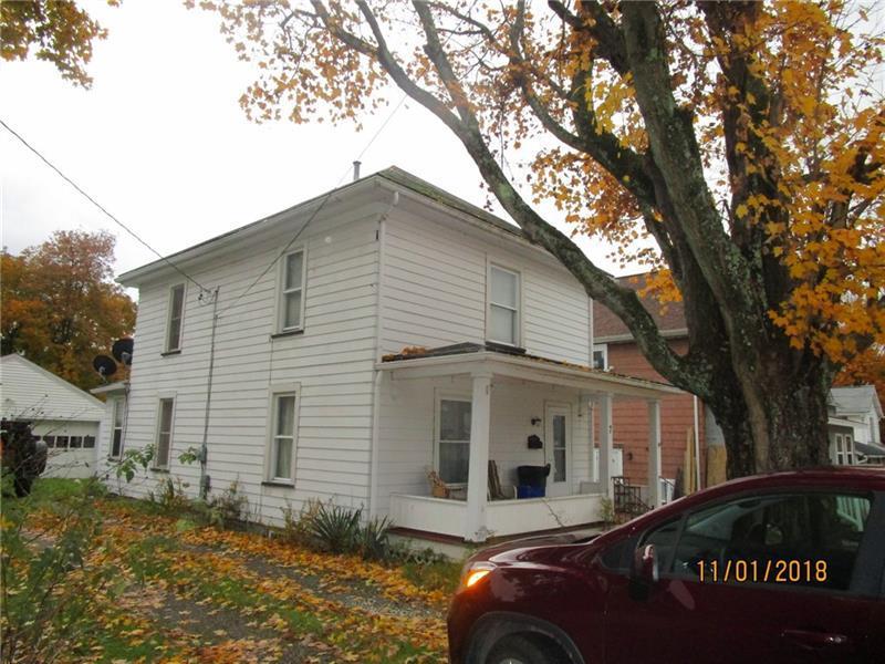 7 Sherrard Ave  Photo 1