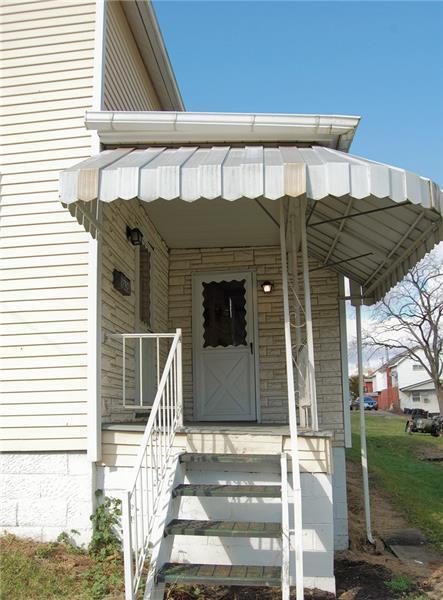 835 Addison Street  Photo 2