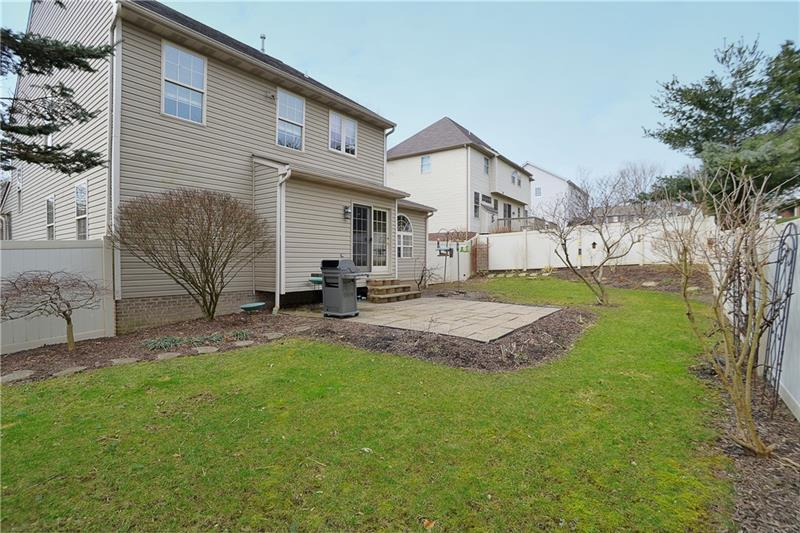 1804 Gibson Dr  Photo 18