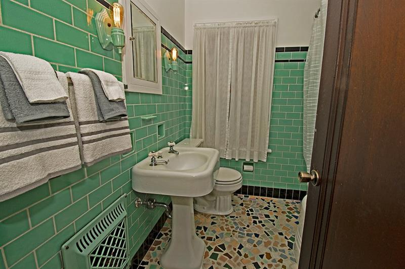 5645 Library Road  Photo 19