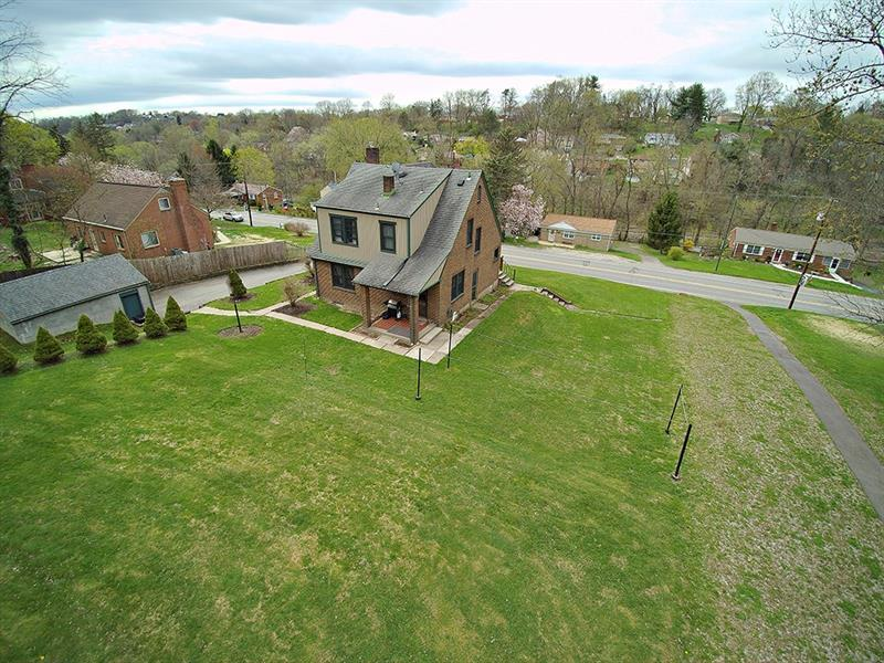 5645 Library Road  Photo 3