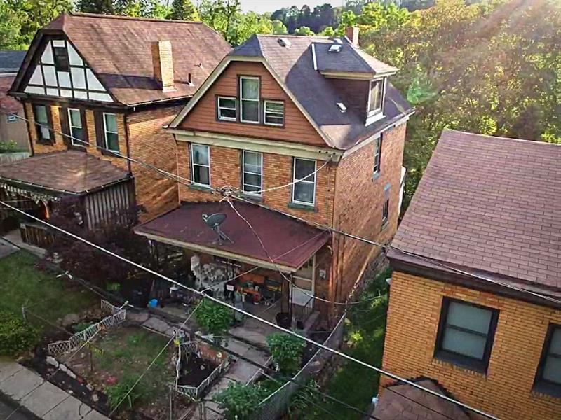 1820 Woodward Ave  Photo 1