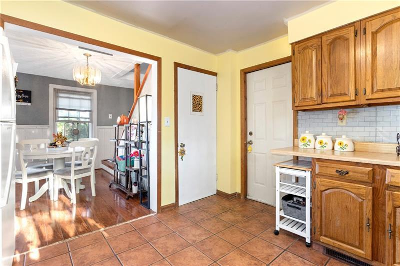 104 Wallace Ave  Photo 8
