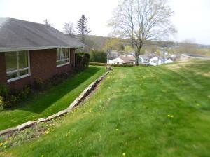 1086 Hillview Ave  Photo 7