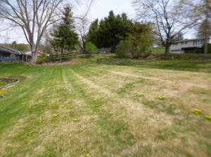 1086 Hillview Ave  Photo 8