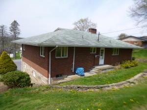 1086 Hillview Ave  Photo 9