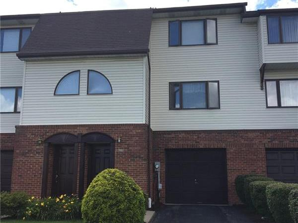 103 Wingate Dr, Robinson Township