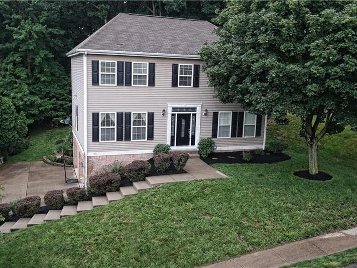 133 Bayberry Lane, Cranberry Twp