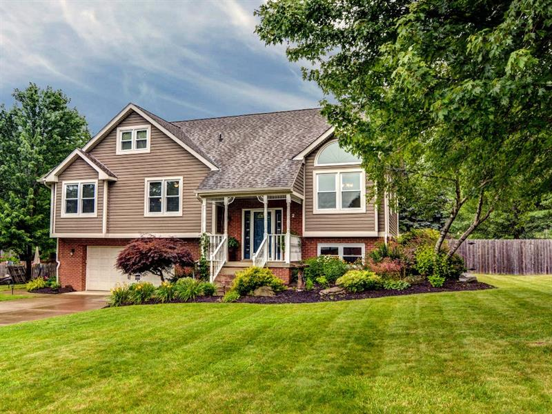 2 Spring Dr, Cranberry Twp