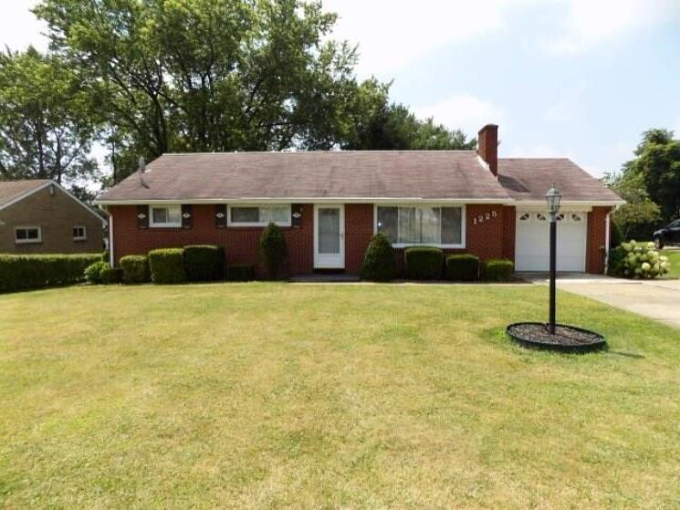 1225 Longvue Ave, Hopewell Township